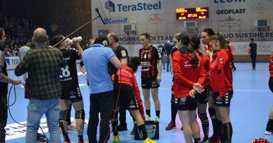 Victorie mare a Gloriei Bistrița în Cupa EHF, o nouă înfrângere pentru Cisnădie